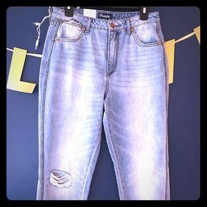 NWT Wrangler Boyfriend Jeans 28x26